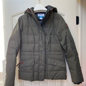 Columbia insulated olive green puff jacket XS-S